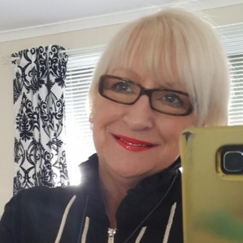 Hete oma VergeetmeNiet (58) uit Gorinchem zoekt